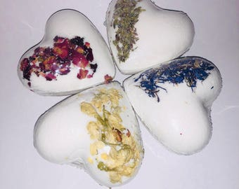 Heart bath bomb set/ bridal shower gift/ baby shower gift/ anniversary gift/ heart bath bombs/ Valentine's Day gift/ heart bathbomb/ natural