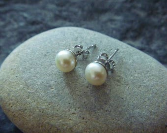 vintage Earrings: beads