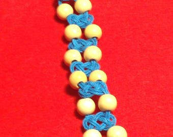 Knotted Hemp Bracelet with Light Wood Beads