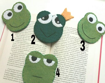 Corner bookmarks made of felt frogs and frogs