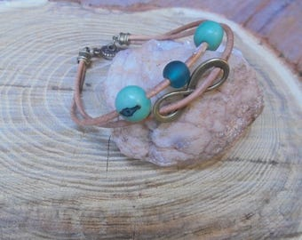 Natural leather and turquoise Beads Bracelet