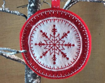 ITH Snowflake Christmas Tree Decoration. Circle - By Pixie Willow Patterns
