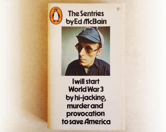 Ed McBain - The Sentries - Penguin crime vintage paperback book - 1967