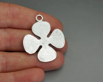 SET of 3 charm clover brings good luck lucky silver leaf (B85)