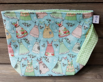 Dani's Dressed fabric project bag
