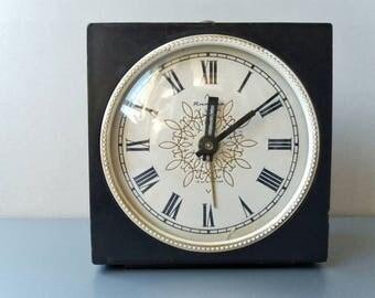 Soviet Alarm Clock Jantar Vintage Wind Up Clock Russian Mechanical Alarm Clock Black Wind Up Clock Desk Clock Black Home Decor Soviet Clock