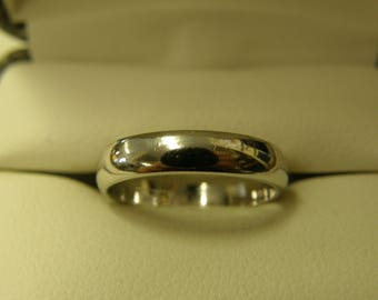 Dainty Sterling Silver Band - Size 6
