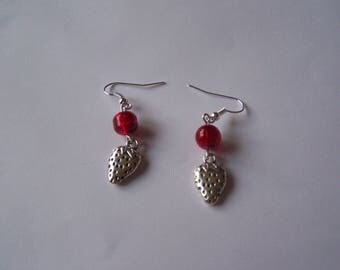 Silver Strawberry BO41 red pearls earrings