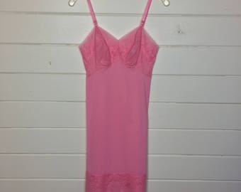 Vintage 1960s Bubblegum Pink Full Slip / Lace Trim / Nylon / Gathered Bust / Pin up / Made by Vanity Fair