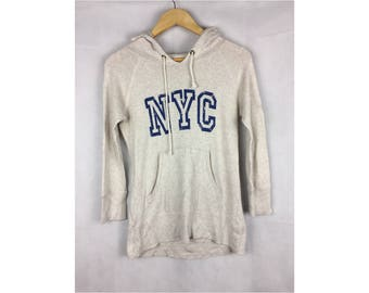 TOMMY HILFIGER Hoodies Medium Size Big Spell out NYC design