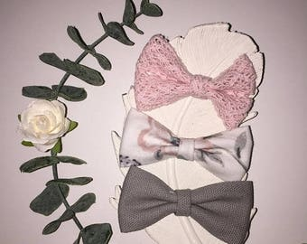 ON SALE Pink/gray bow set