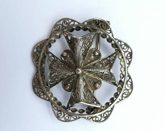 Sterling silver filigree Maltese cross brooch pin vintage hand made i have earrings bracelet to match