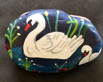 Mama and Baby Swans Painted Rock, Collectible & Decor