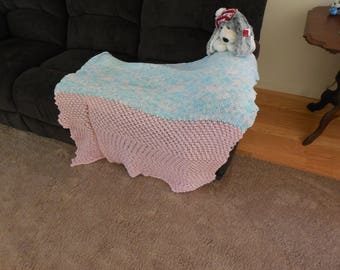pink and blue tones throw blanket