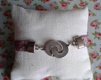 Liberty handcuff bracelet