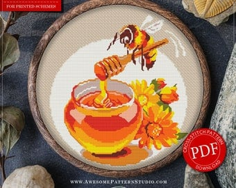 Pretty Little Modern Cross Stitch Pattern of Bee for Instant Download *P009 | Modern Embroidery| Cross Stitch Chart| Cute Cross Stitch