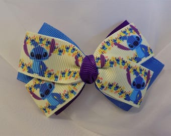 Lilo and Stitch Hair Bow - Little girl hair bow, Hair clip for girl, Hair bow for girl, Toddler hair bow, Disney hair bow, Hair bow