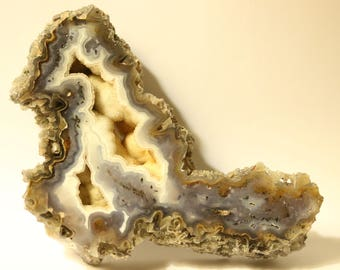 Grizzly agate nodule