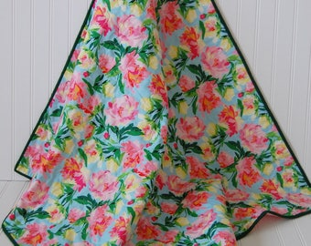 Floral Baby Quilt, Pink flowers, baby shower gift