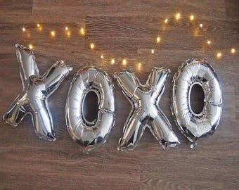 "16"" XO 2pcs Silver Foil balloons. Engagement party and Valentine's Day, Party Decorations...etc..."