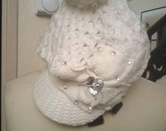 Cap knit hat white color