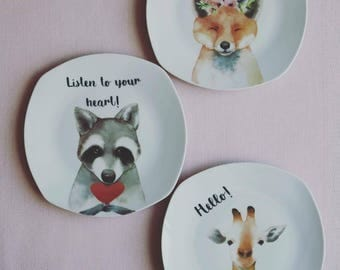 "Porcelain plate ""Animals"""