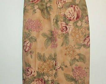 LINEN MAXI SKIRT / Beige / Floral / Vintage / Jeans / Zipper / 8 P / Petite / Back slit / Pencil / Womens' / Girls / Cabbage Rose
