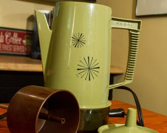 Regal Poly Perk Atomic Starburst Avocado Green Vintage Percolator 4 to 8 Cup