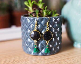Earrings / tassel and black Druze Greens