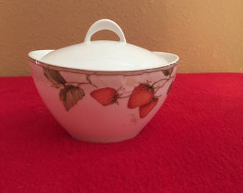 Fashion Plates - Fruit Salad Collection - Covered Sugar Bowl