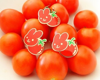"maxwell's tomato // 1"" hard enamel pin"
