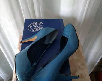 80's Retro Blue Leather Pumps by Jennifer Moore