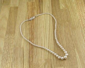 Faux Pearl Necklace, Vintage Necklace, Womans Necklace, Vintage Beaded Necklace, Retro Jewellery, Retro Necklace, Womans Jewellery