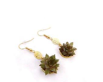 Petites Boucles d'Oreilles Dianelys : pendants végétaux, parure de mariage, baptême, soirée événementielle, laiton et mini plantes grasses