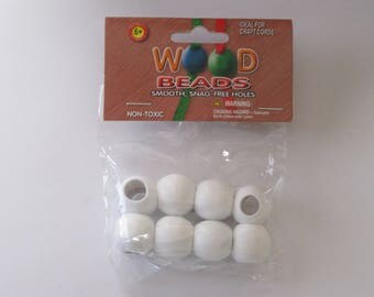 Pepperell Round Wood Beads 20mm 8 Pack White