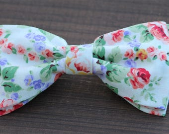 Floral mens bow tie, wedding bow tie, mens bow tie, floral bowties for boy, groomsmen bow tie