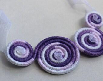 Bib necklace craft, Bicolor Alba