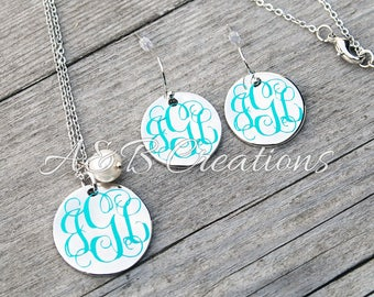 Silver disc necklace and earrings