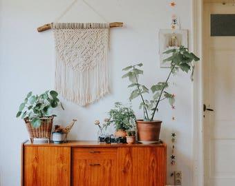 Macramé wandhanger/ Macrame Wall Hanging / Modern Macrame / Macrame Tapestry / Macrame