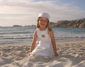 Leinenkleid Mädchenkleid Weiss Sommer Perlen Hochzeit Kommunion Gartenparty Kinderkleid zeitlos