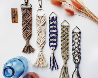 Macrame keychain, macramé accessories, keychain, boho keychain, purse accessories, handmade keychain, keychains, key accessories, macrame