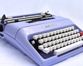 Typewriter - Working Vintage Olivetti 35i in Custom Lavender
