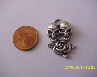 """1 """"skull pendant""""in silver"""