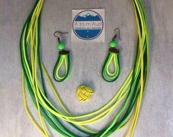 Elastic cord loop and green tones set drops