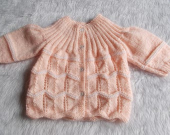 wool baby jacket 0/3 months handmade knit melon pink and white marietricotine vintage style