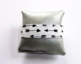 Fabric 2cm wide elastic strap