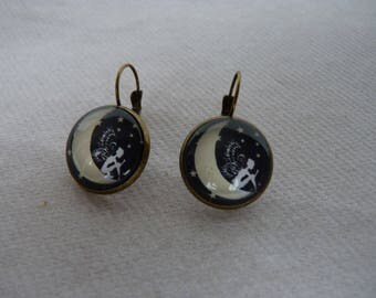 Retro earrings, but not too dark and fairy Moon