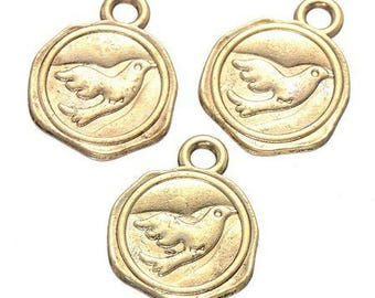 5 charms spirit coin, engraved with a swallow goldtone 16 * 13mm