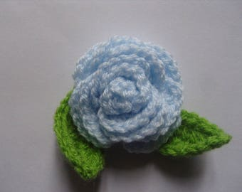 Pink blue sky crochet with two 5 cm, set of 3 leaves.