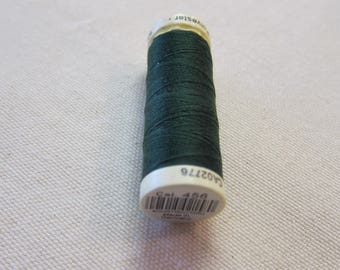 Green thread n 456 Gütermann 100% polyester